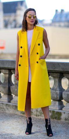 Laurina Machite South African Fashion Blogger South African Fashion Trends Sleevless Coats