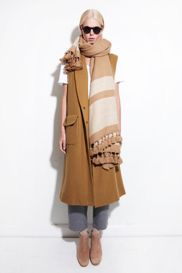 Laurina Machite South African Fashion Blogger South African Fashion Trends Sleevless Coats