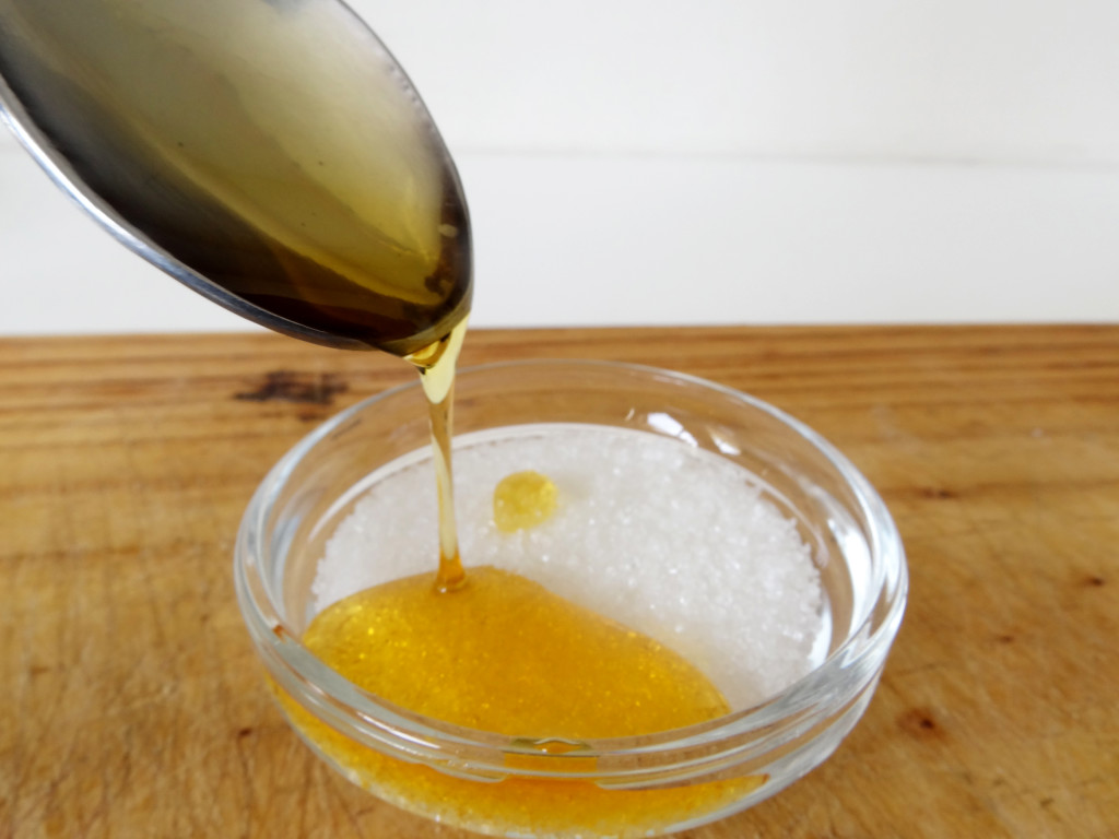 Laurina Machite South African Beauty Blogger Homemade Lemon and Sugar Face Scrub