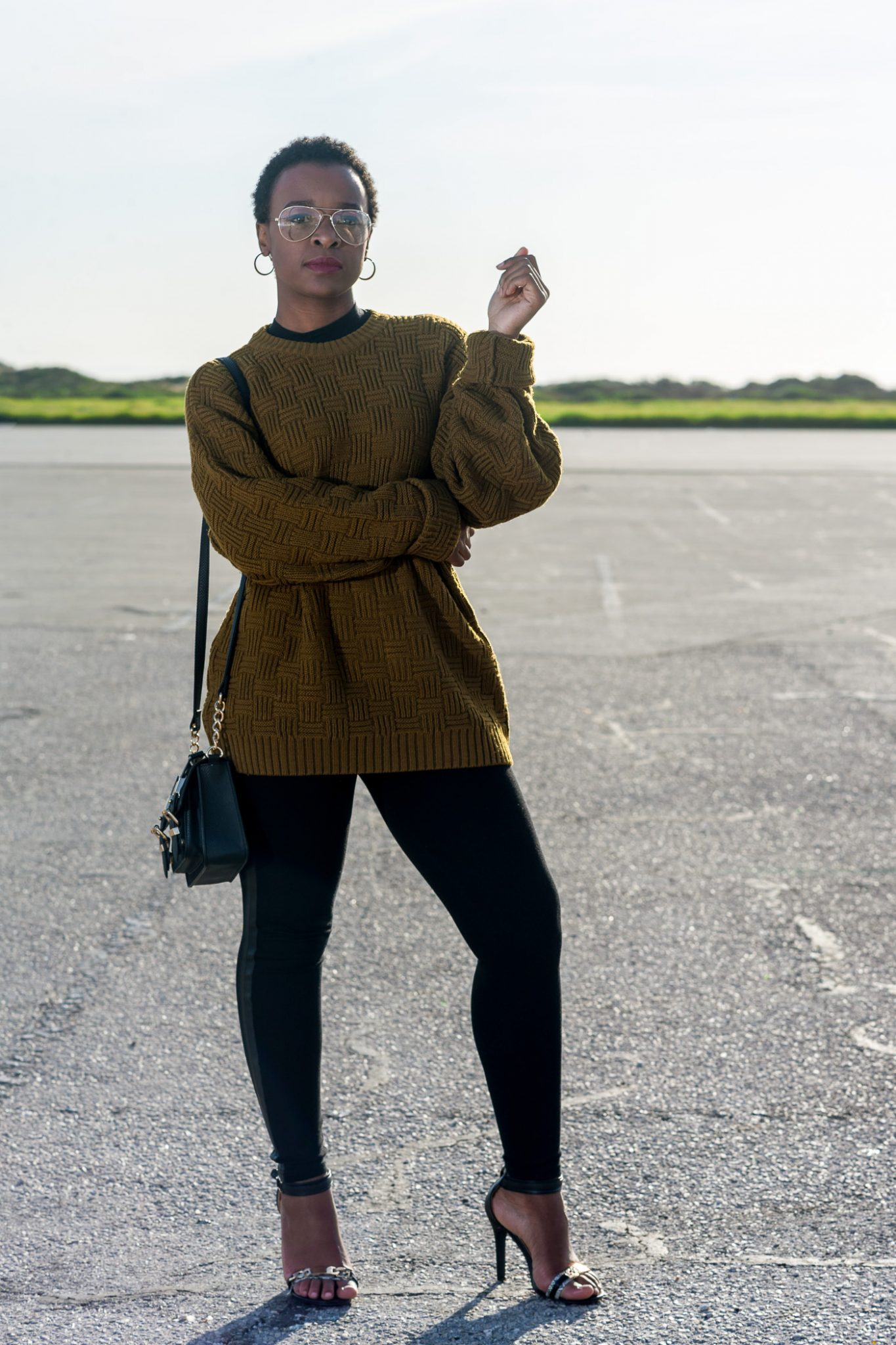 Laurina Machite South African Fashion Blogger How to Wear An Oversized Sweater