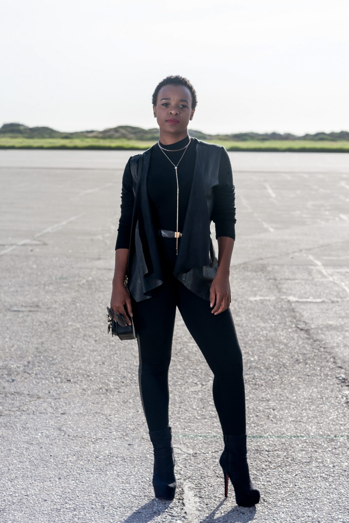 FASHION | How to Wear All Black Without Looking Boring