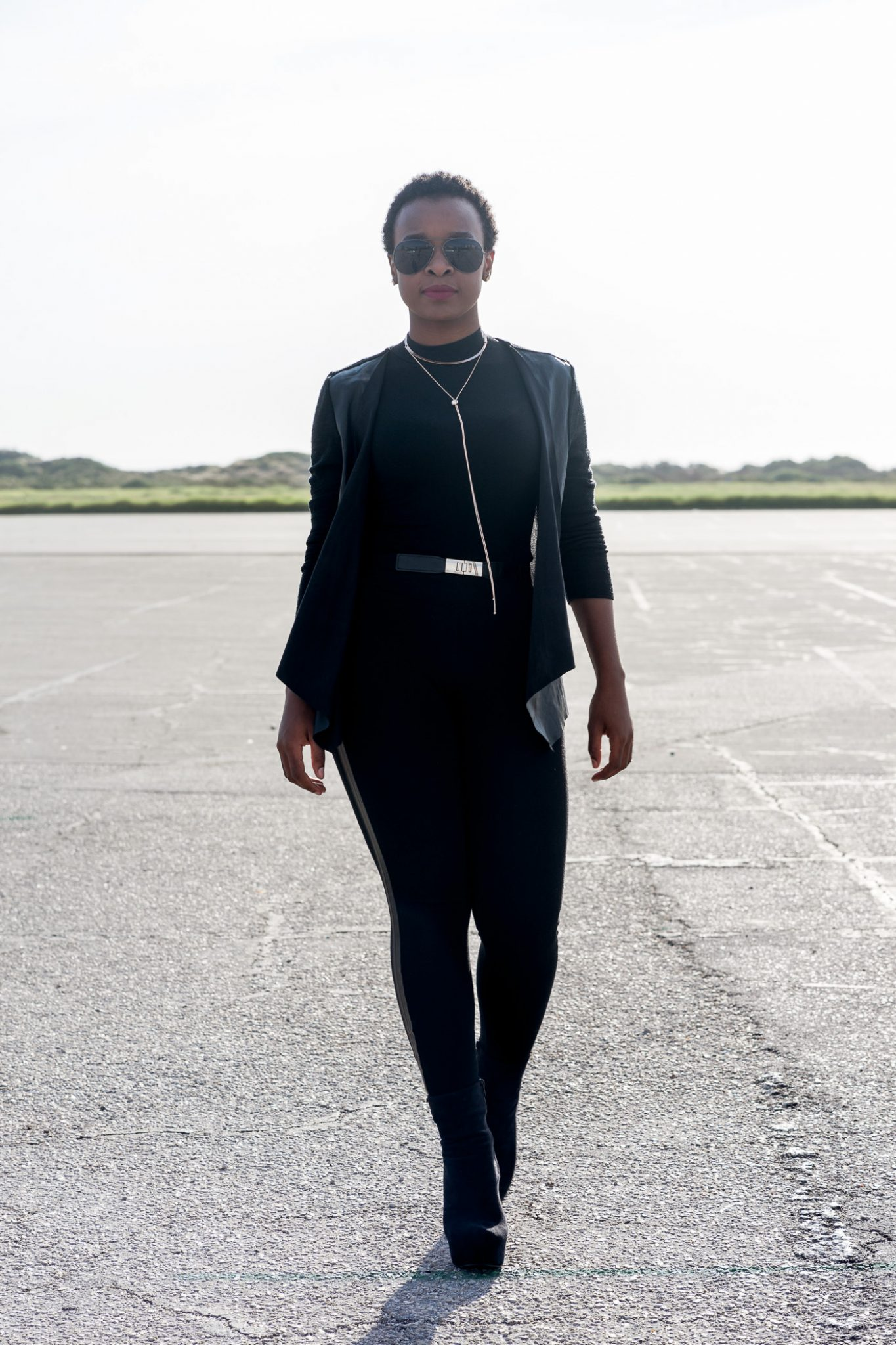 Laurina Machite South African Fashion Blogger How to Wear All Black Without Looking Boring
