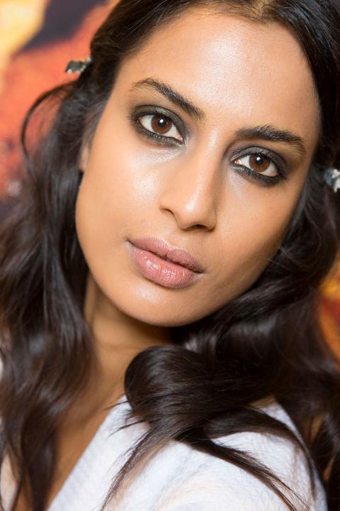 2017 beauty trends laurina machite dewy makeup look